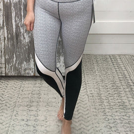 Kenny Black & White Print Leggings *Final Sale* $36