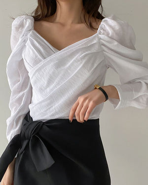 WEEKEND LOVE BLOUSE