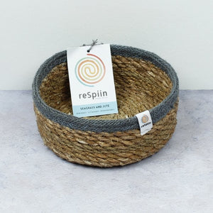 ReSpiin Shallow Seagrass & Jute Small Basket - Natural/Grey