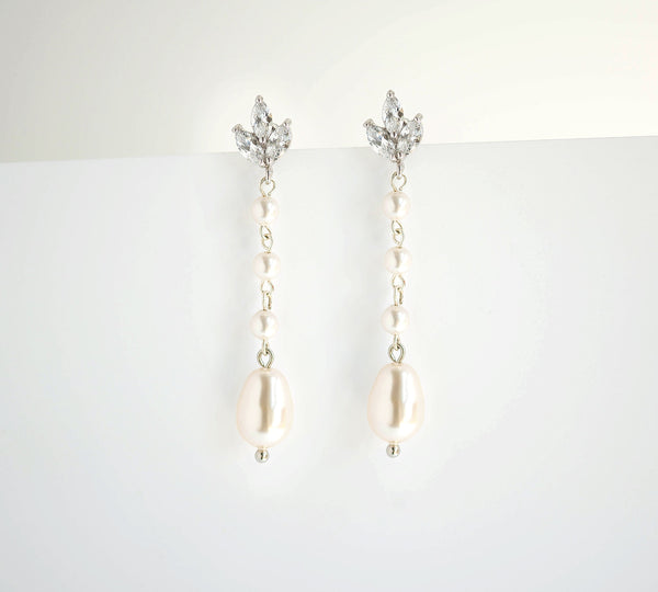 Bridal Swarovsk pearl Earrings Bridal Jewelry Cubic Zirconia White Ivory Vintage Classic E59