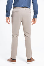Load image into Gallery viewer, Men's Tech Pants - Sand