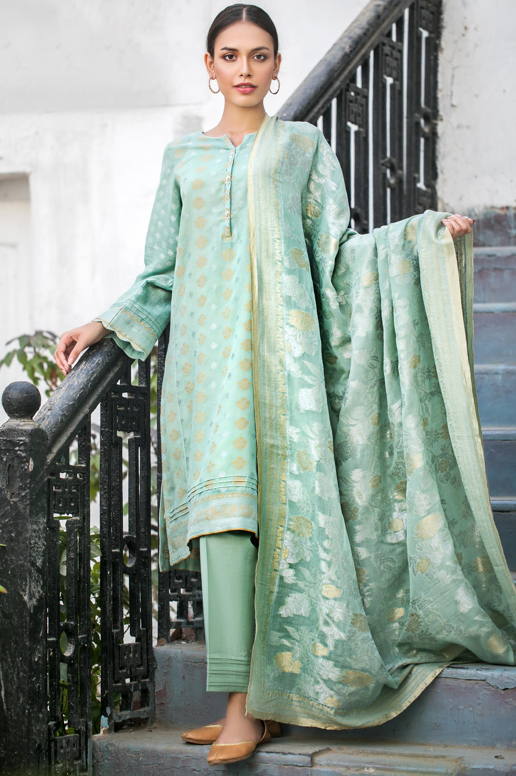 Unstitched-3-Piece-Jacquard-Suit