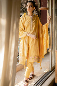 Unstitched 3 Piece Embroidered Khaddar Suit