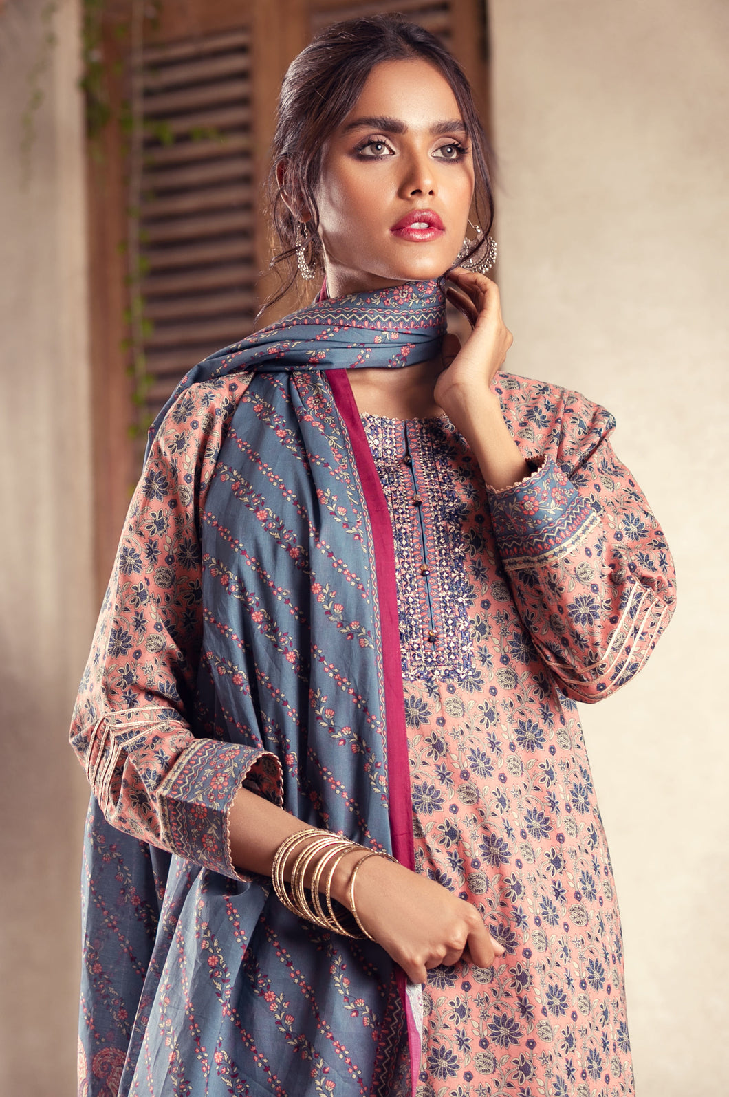 Unstitched 3 Piece Embroidered Lawn Suit with Lawn Dupatta