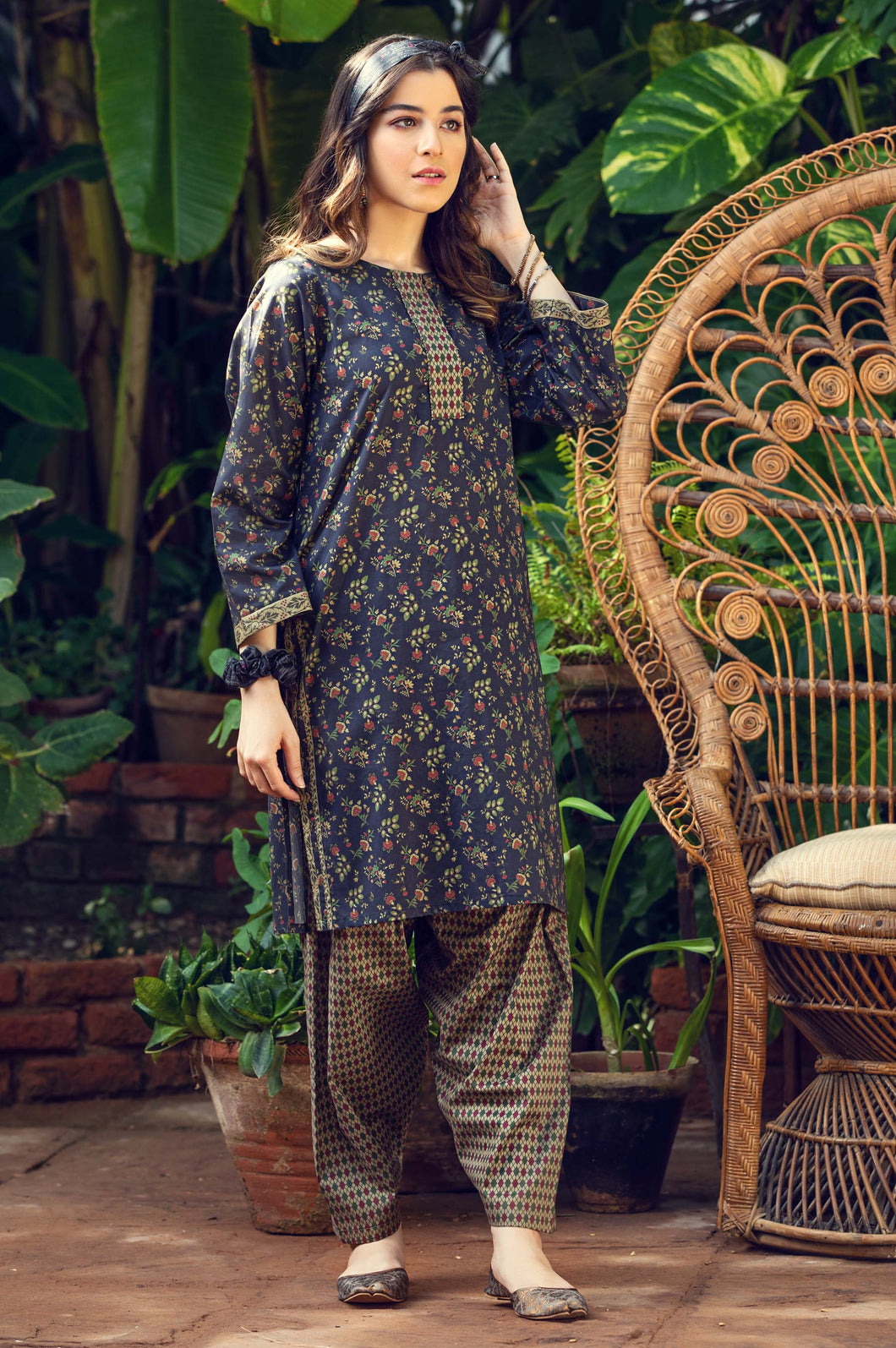 Stitched 2 Piece Printed Cambric Suit