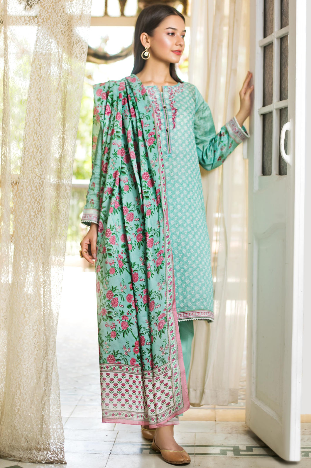 Stitched 3 Piece Embroidered Slub Lawn Suit