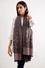 Load image into Gallery viewer, Woven Paisley Scarf