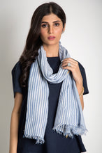 Load image into Gallery viewer, Woven Striped Scarf