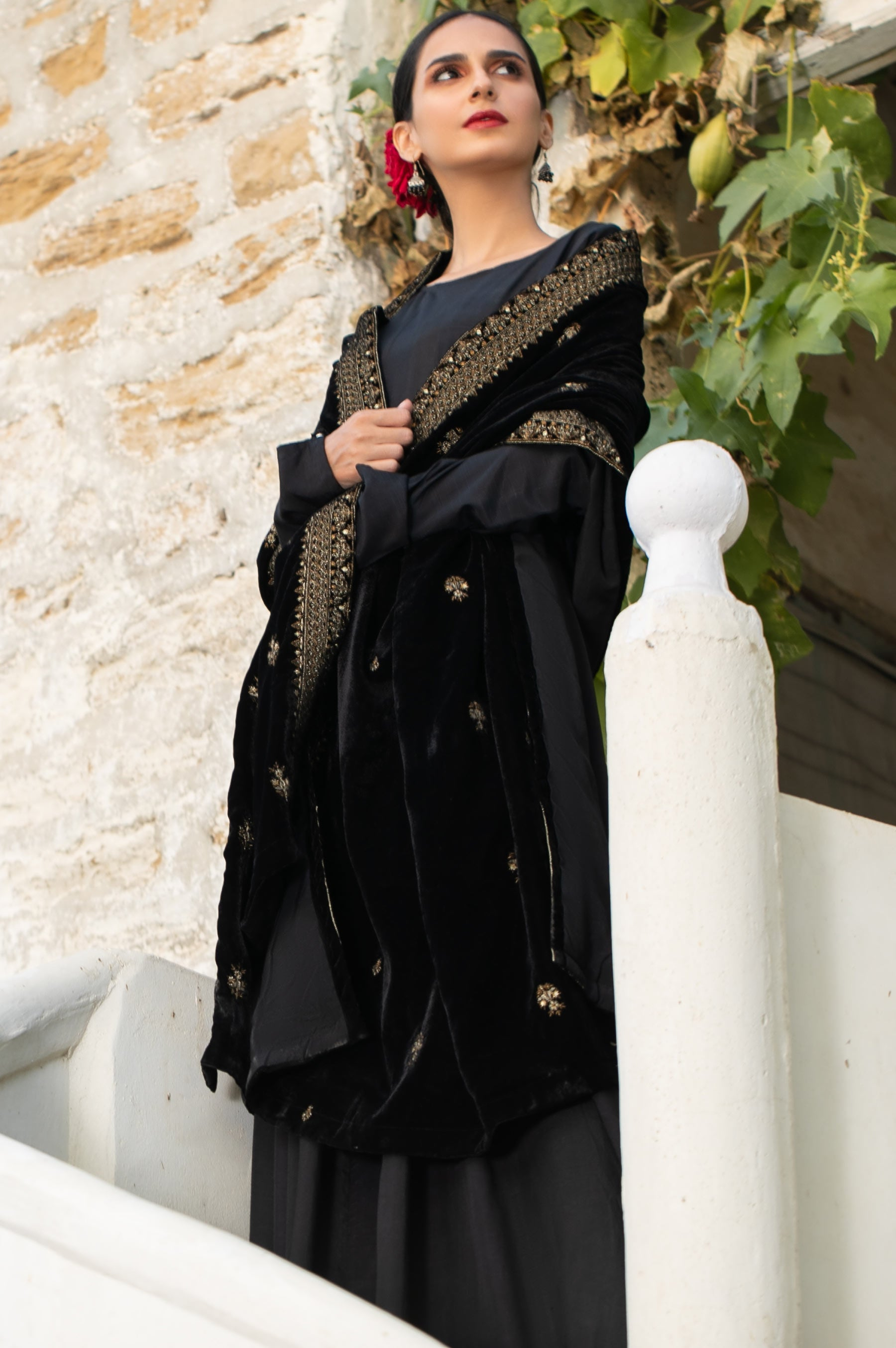 Embroidered Velvet Shawl Zeenwoman