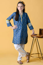 Load image into Gallery viewer, 1 Piece Embellished Shirt - Khaddar