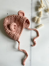 Load image into Gallery viewer, Knitted bonnet with ears, Clay