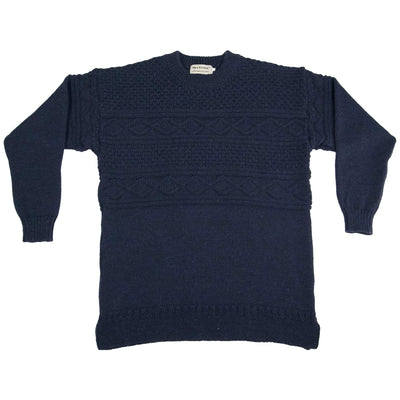 https://cdn.shopify.com/s/files/1/0320/4713/6900/files/guernsey-navy_1.mp4?v=1606414035