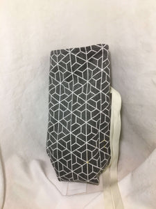 Wine Bottle Gift Bag: Grey geometric patterned with cream cotton lining