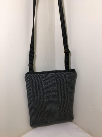 Cross-body bag / Zip Pocket: grey wool herringbone with cream cotton lining