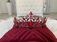 Load image into Gallery viewer, Bridal Crown in the style 1256