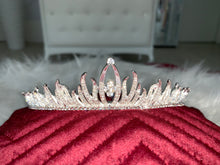 Load image into Gallery viewer, Bridal Tiara in the style 1023