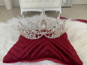 Bridal 3D- Effect Crown in the style 1513