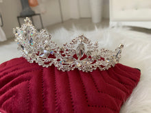 Load image into Gallery viewer, Bridal Crown in the style 1346