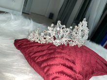 Load image into Gallery viewer, Bridal Crown in the style 1263