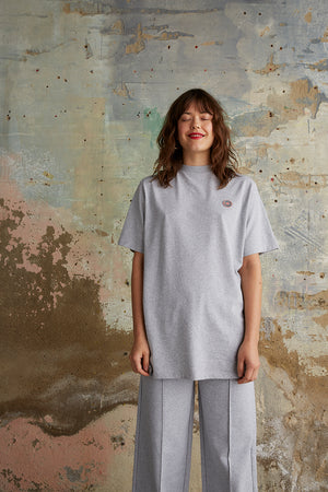 Oversized t-shirt with chest logo