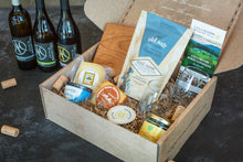 Load image into Gallery viewer, Maine Cheese & Wine Tasting Experience