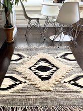 Load image into Gallery viewer, Cream Textured Rug