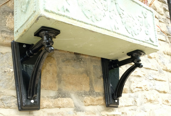 Small Ornate Brackets, sold in pairs.