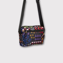 Load image into Gallery viewer, FLOWER POWER Cross Body Bag