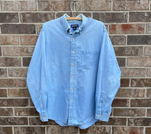 Load image into Gallery viewer, 90's Distressed Denim Button Up