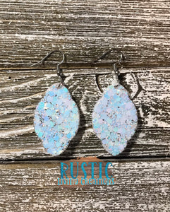 Sparkly Scallop Earrings - Eskimo Glitter Mix with Snowflakes