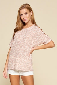 LEOPARD PRINT KNIT TOP WITH CUTOUT SLEEVES