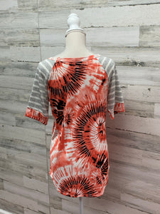 Tie-Dye Relaxed Tee with Striped Sleeves and Pocket - Orange