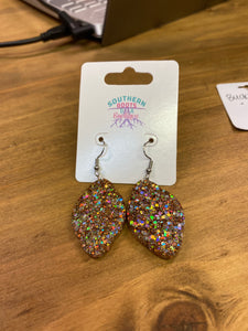 Sparkly Scallop Earrings - Buckle Bunny