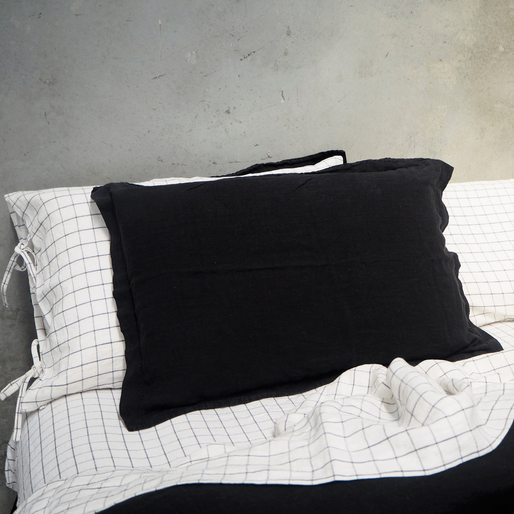 Linen Pillowcases | Black | Made in Europe