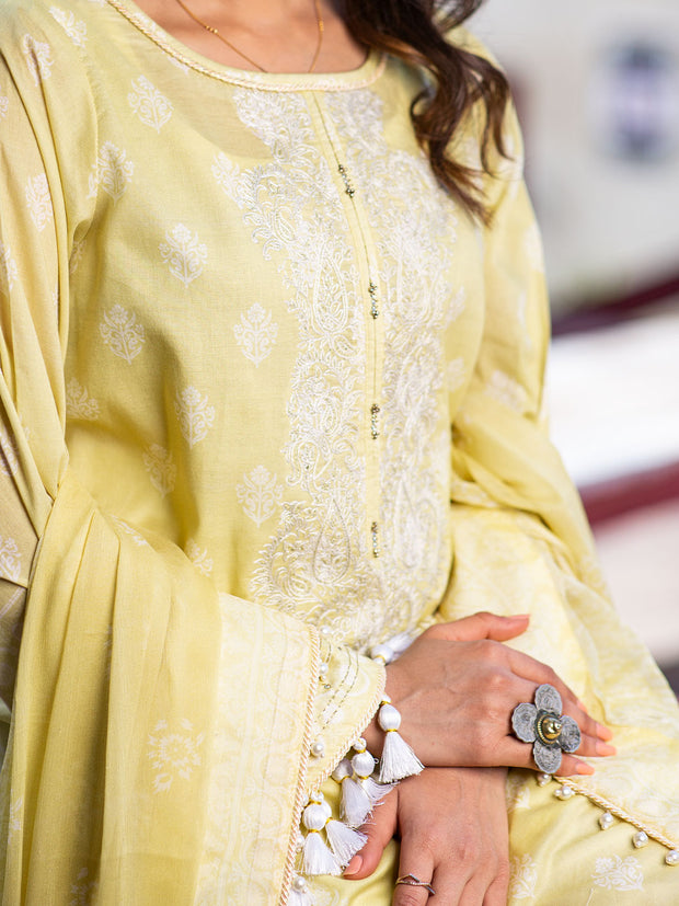 3 PC Unstitched Embroidered Lawn with Chiffon Dupatta  - VL408