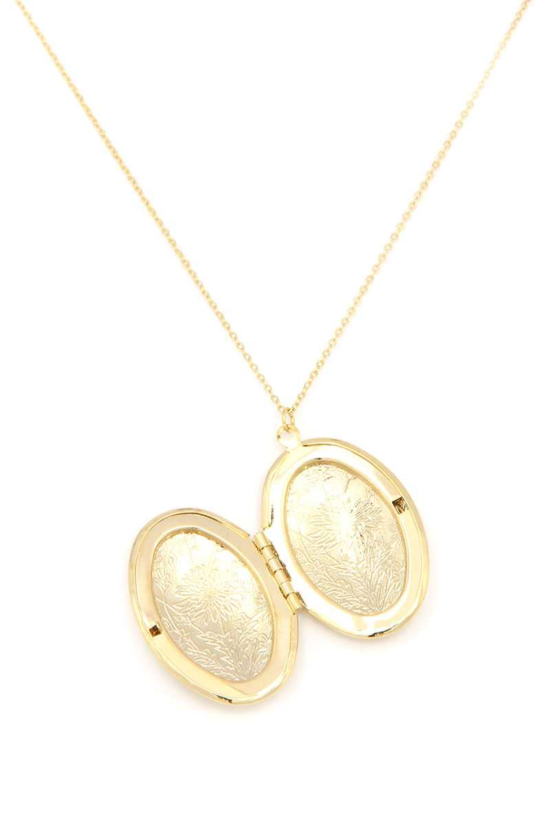 Oval Shape Locket Metal Necklace-SamiraBoutique