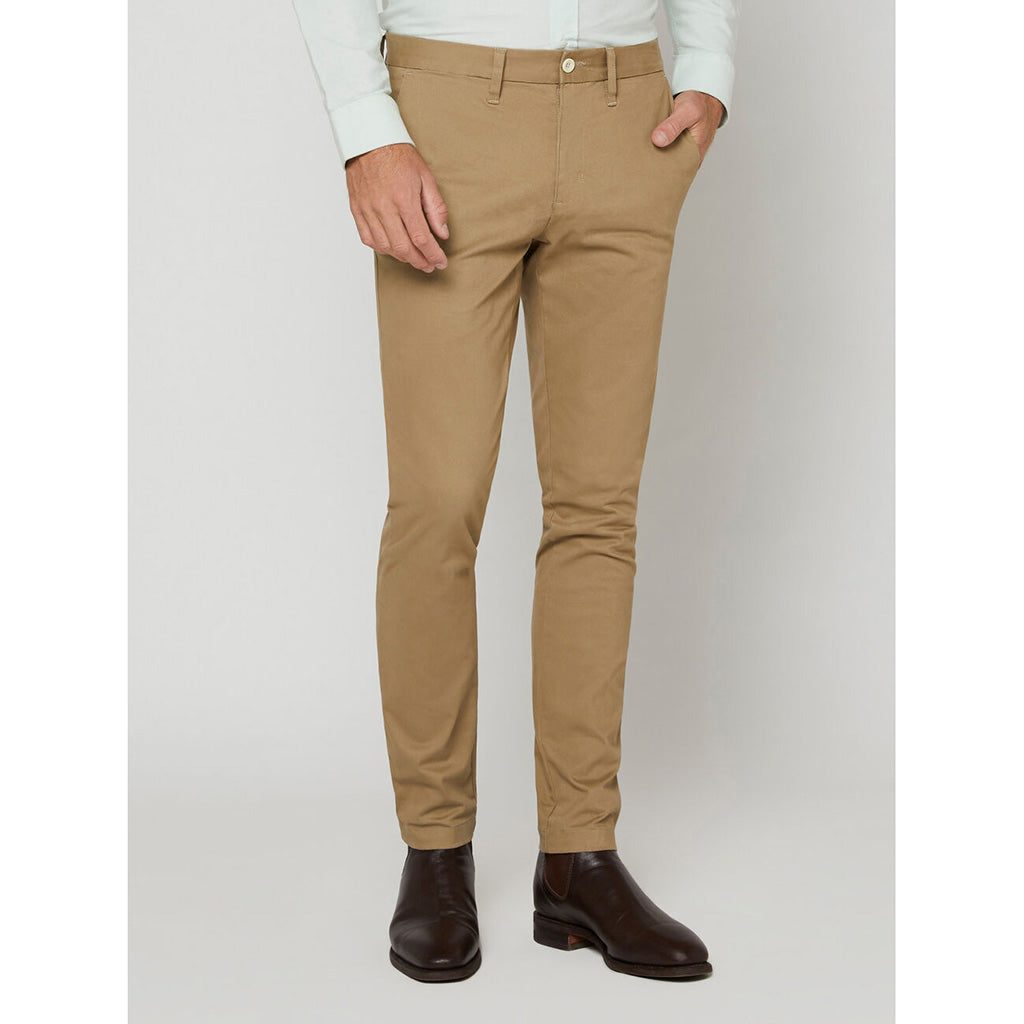 R.M. Williams Lincoln Chino