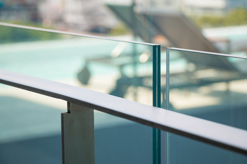 Laminated Glass Balustrade Outdoor Pool Fencing