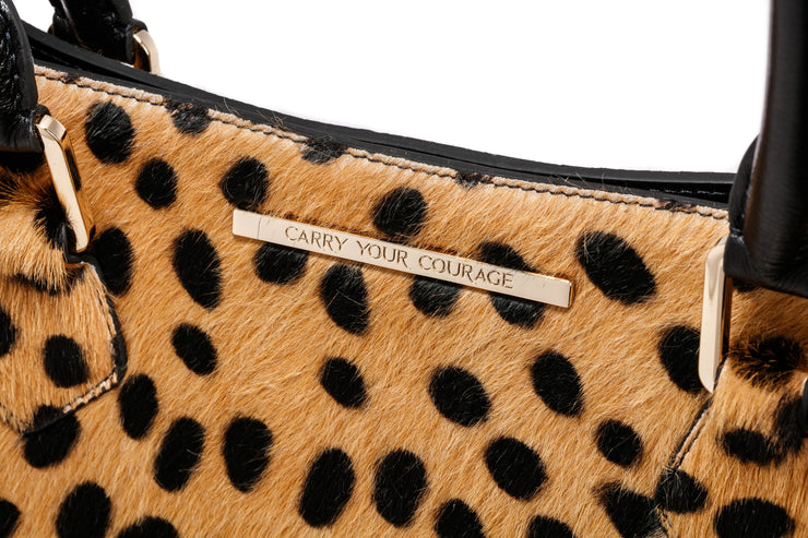 Wren & Roch Amazing Grace Handbag - Audacity Carry Your Courage hardware detail