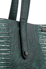 Wren & Roch Best Friend Tote - Rise handle and rivet detail