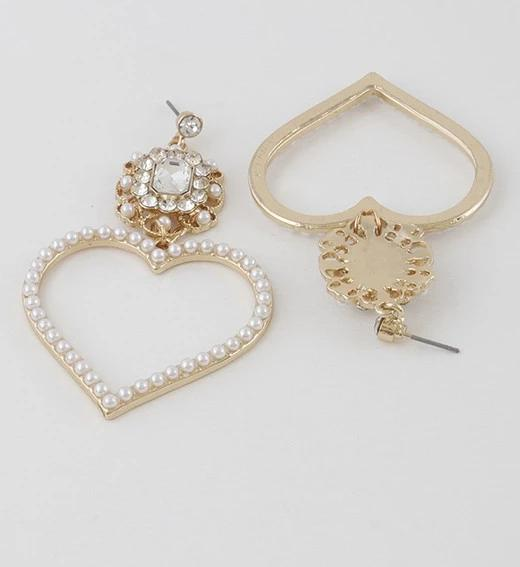 Luxury Open Cut Heart Pearl Earrings - GlamLusH Boutique