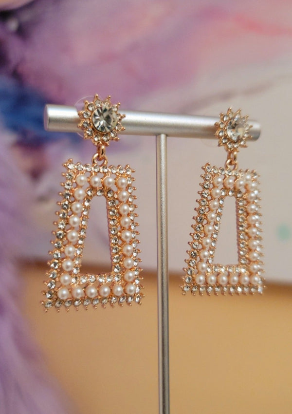 Rhinestone Pearl Earrings - GlamLusH Boutique