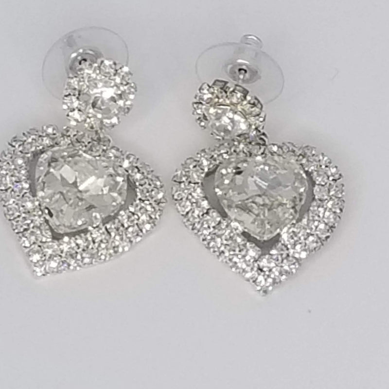 Heart Shape Rhinestone Earring - GlamLusH Boutique