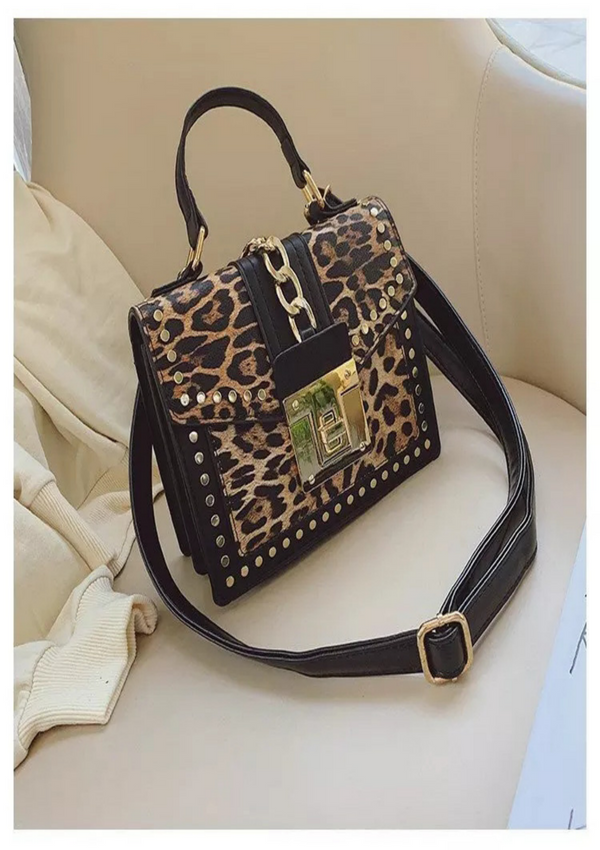 Can I talk to You Leopard Shoulder Bag - GlamLusH Boutique
