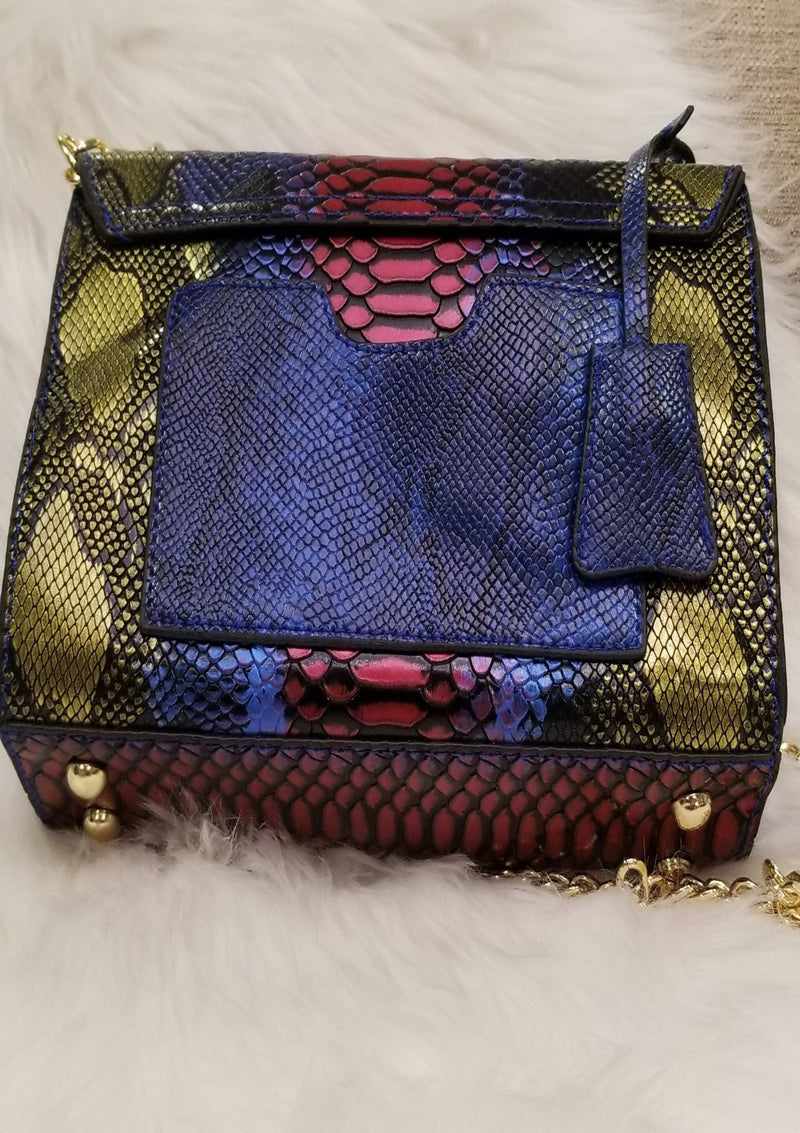 Going Somewhere Shoulder bag - GlamLusH Boutique