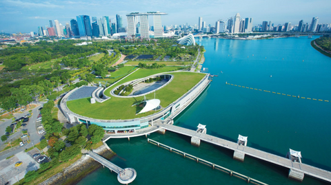 marina barrage picnic spot things to do with kids school holidays singapore
