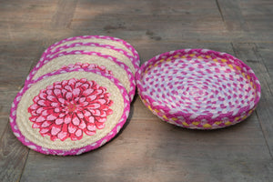 Load image into Gallery viewer, Dahlia - Trivet Set