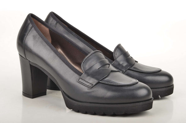 Damen Slipper mit Absatz: John Baker's College Slipper / Loafer 5201 Kalbsleder schwarz (black)
