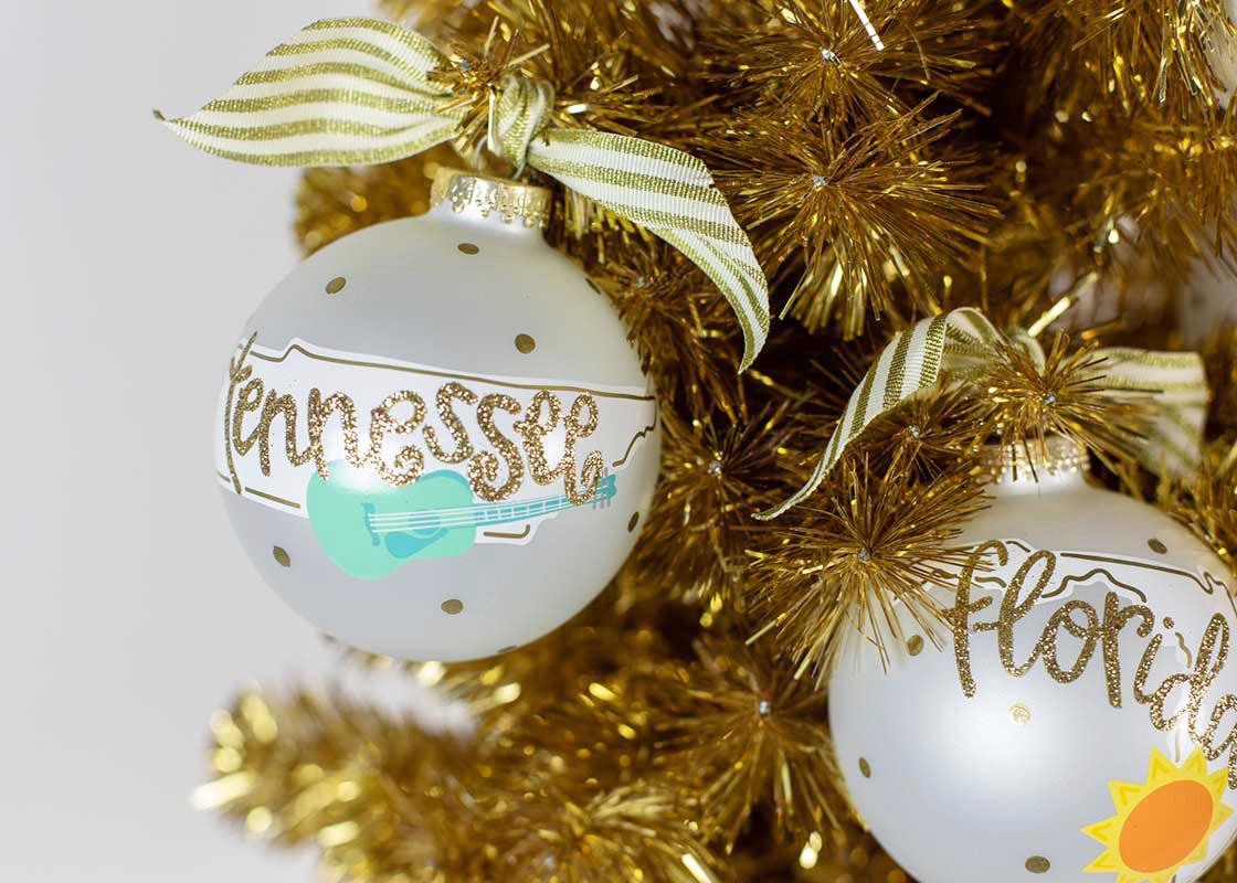 Tennesee Motif Glass Ornament
