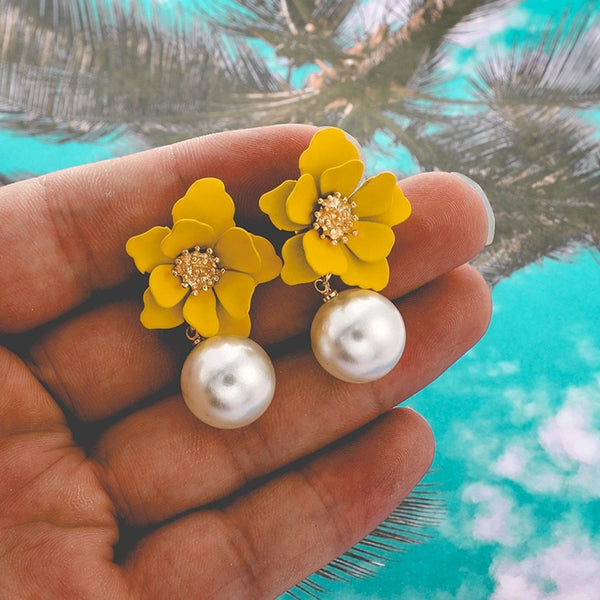 Dots pearl flowers drop earrings - Dots Clothing Store